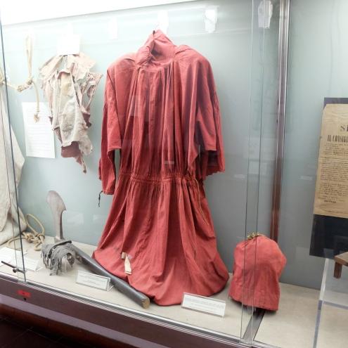 Mastro Titta's robes